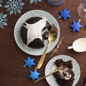 13142   Serving Christmas pudding with brandy cream