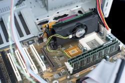 13807   Old Pentium II computer hardware
