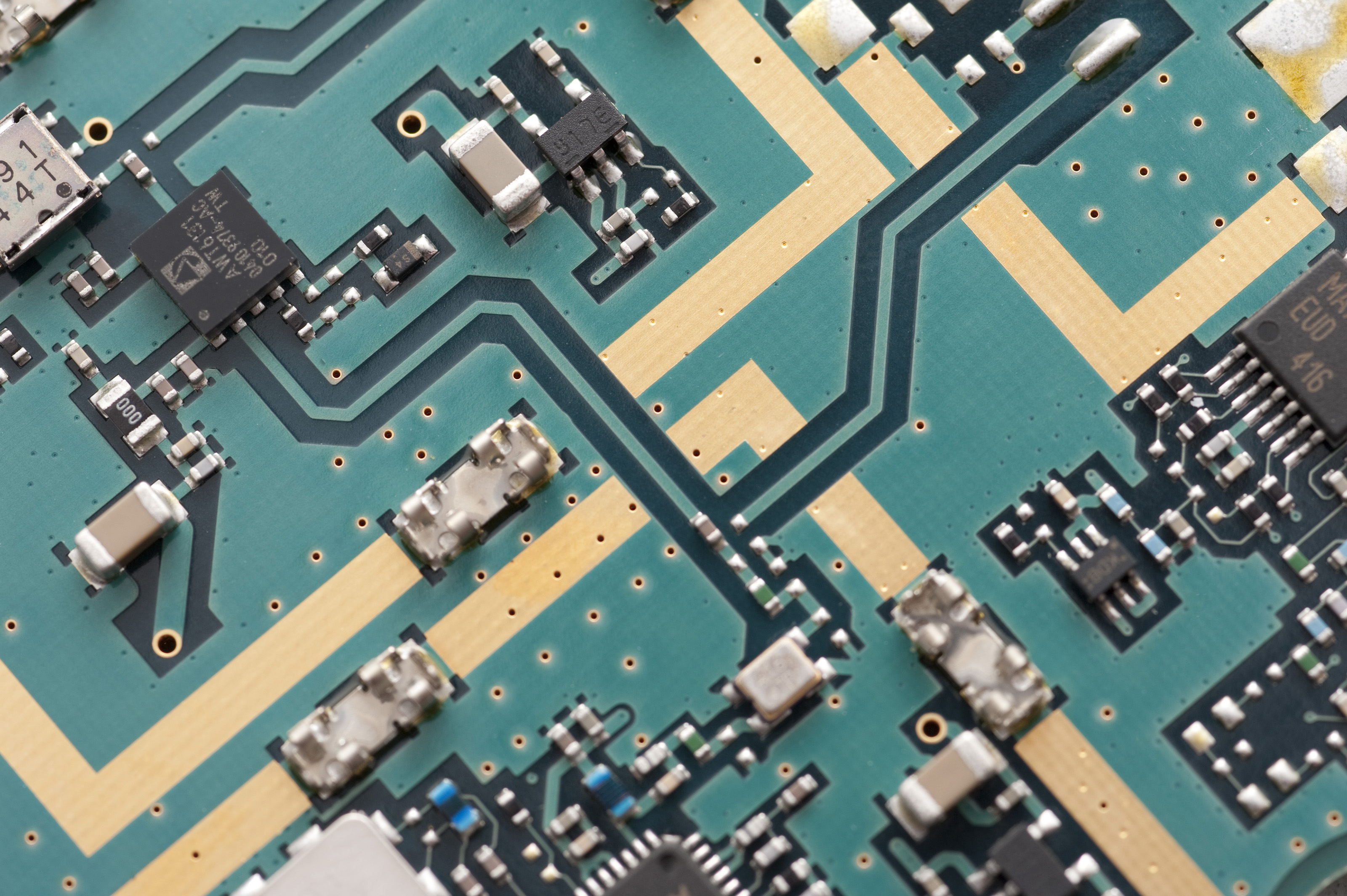 free stock photo 12667 diagonal top view on circuit board rh freeimageslive co uk