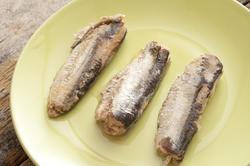 12366   sardines on a plate