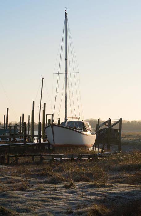15570   Sailing Boat