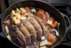 17262   Beef shoulder simmering in pot with vegetables
